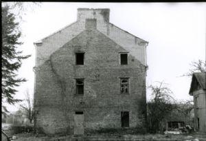 Ziriakovas,Levas-a house
