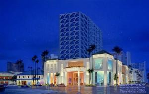 Liu,Nelson-DFS Duty Free Shopping Mall - Honolulu, Hawaii