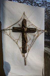 B-Crucifix