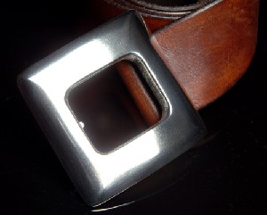 SQUARE PEEK-A-BOO -buckle- 925 STERLING SILVER by MASSIVESILVER